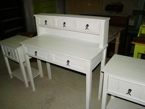 muebles infantiles con alzadita laqueado blanco