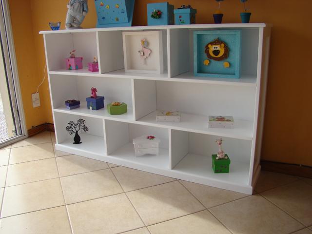 Muebles infantiles biblioteca baja modelo melisa laqueada for Muebles bibliotecas para living