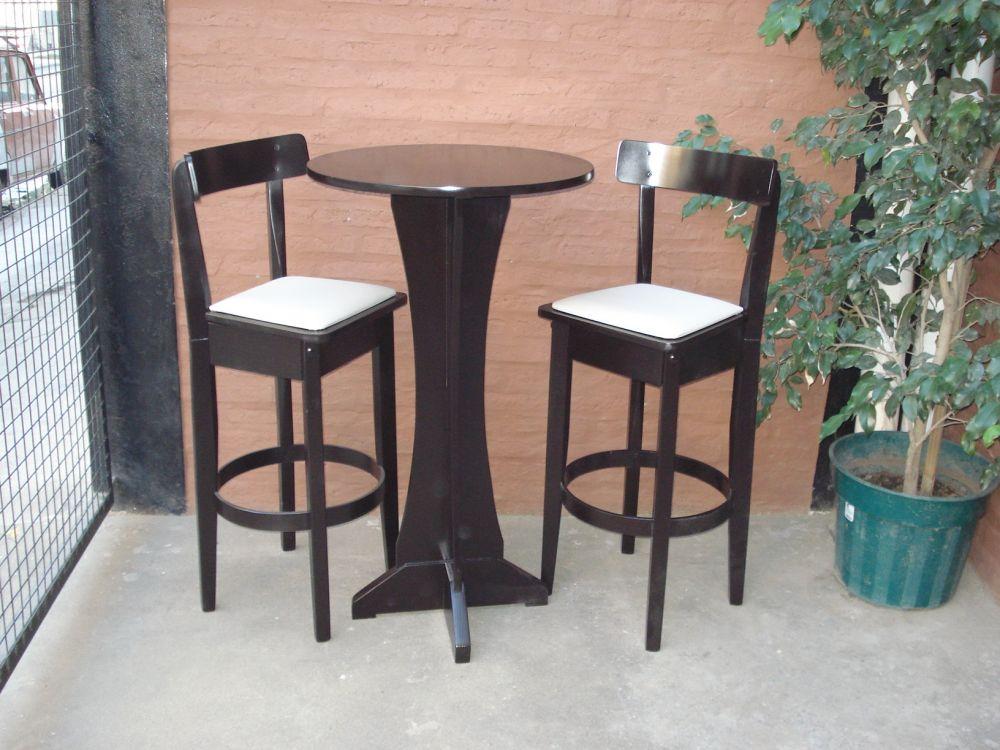 Mesa de bar desayunadora tapa redonda for Mesas de madera bar
