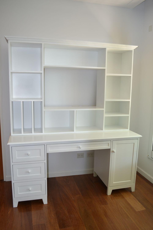 Muebles infantiles escritorio con alzada modelo nahuel for Muebles infantiles juveniles