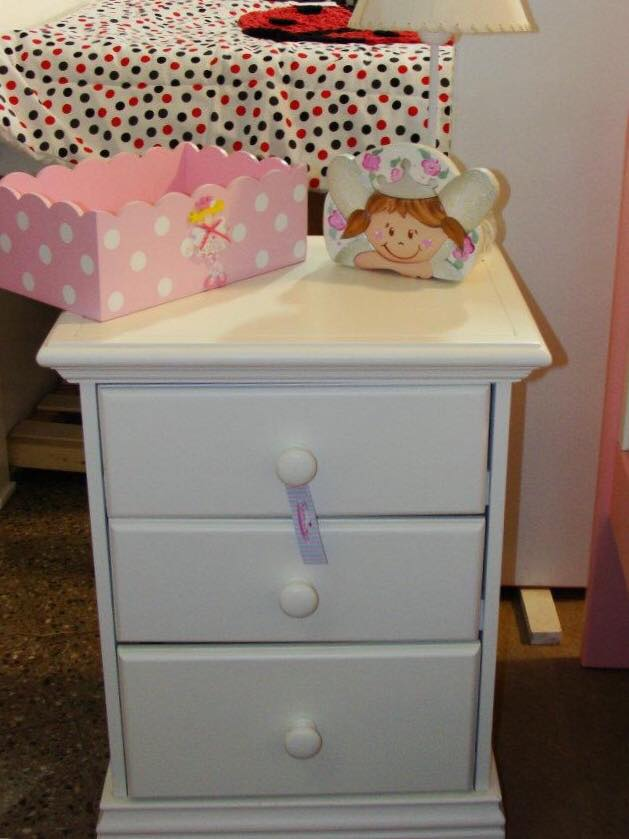 Muebles Infantiles-Mesa de luz Americana 3 cajones