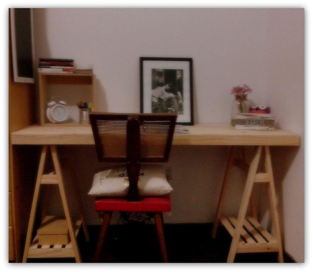 Muebles infantiles escritorio c cajonera movil en crudo for Muebles de escritorio juveniles