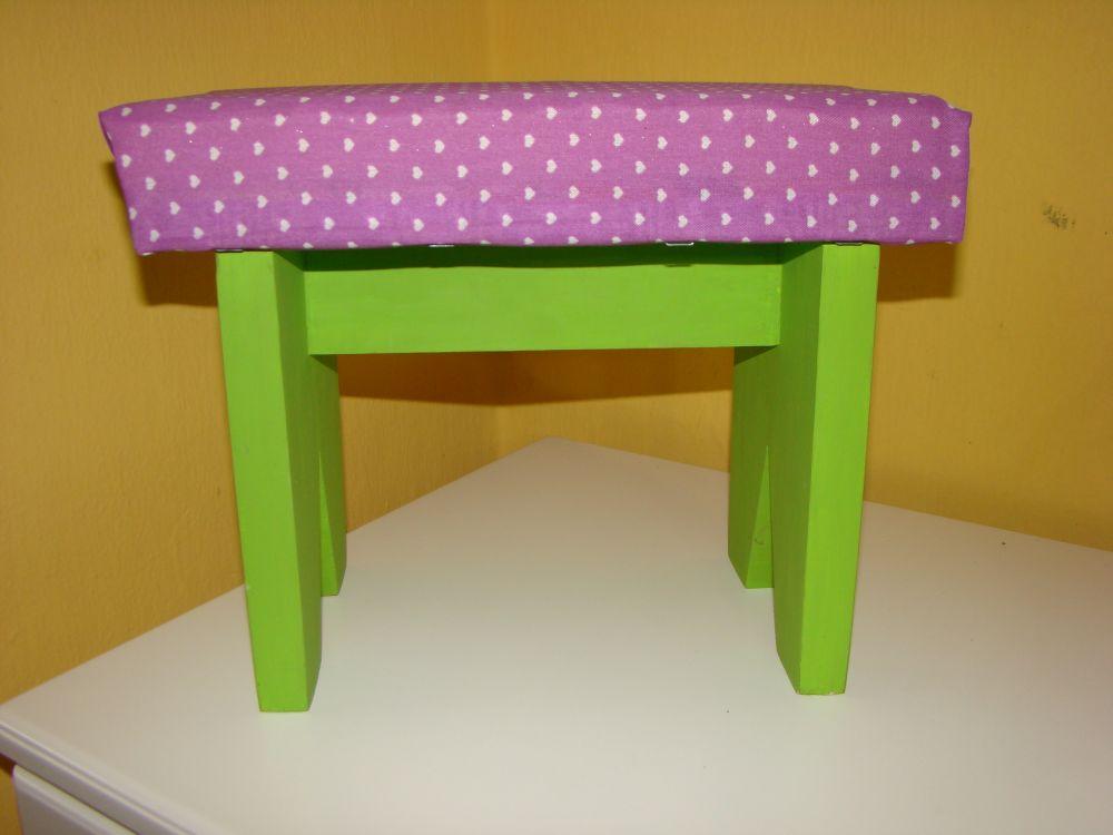 Muebles infantiles juveniles banquitos tapizados for Muebles infantiles juveniles