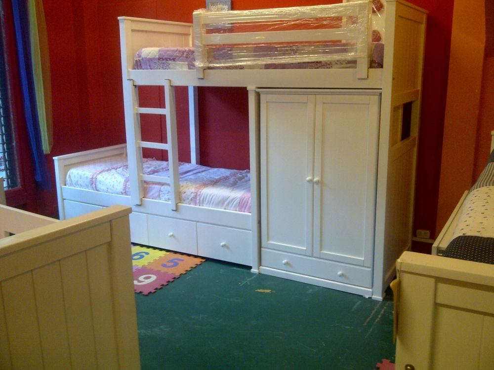 Muebles juveniles camas desplazadas o cama tren for Muebles infantiles precios
