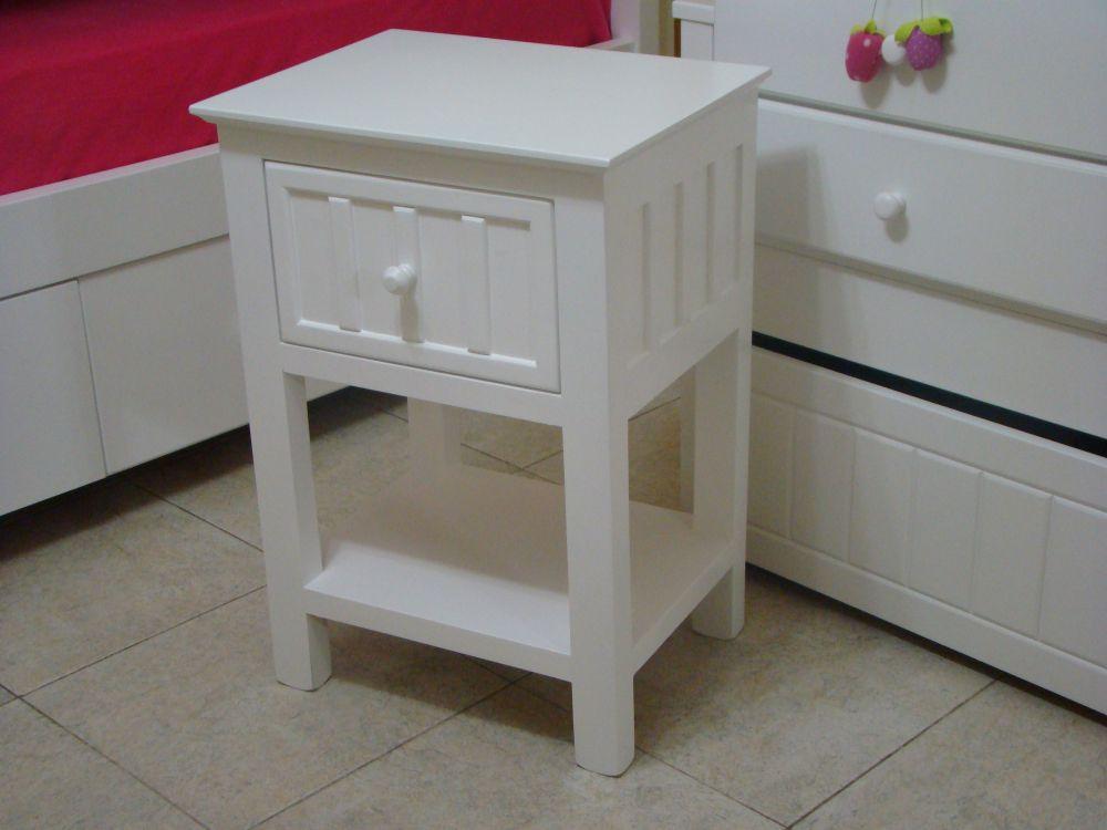 Muebles infantiles mesa de luz pottery modelo tablitas for Mesas infantiles precios