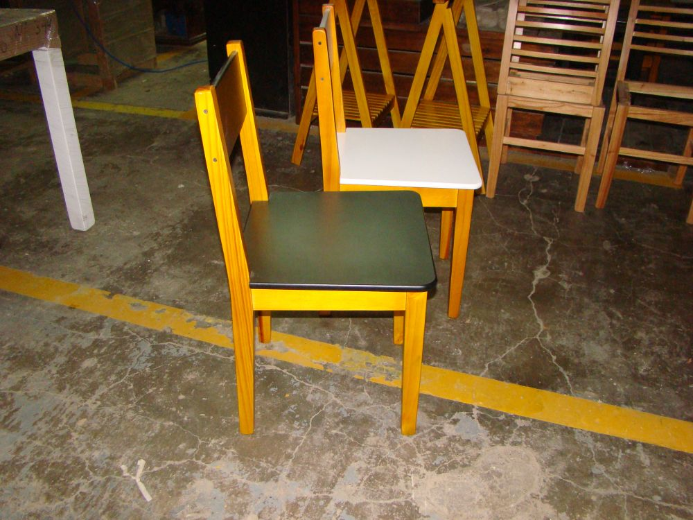 Sillas para bares tipo nordica terminacion combinada for Sillas tipo bar en madera