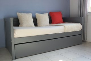 Muebles infantiles div n cama americano con respaldo c for Divan gris